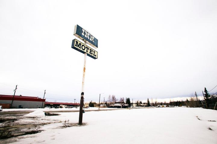 abandoned pink motel _6