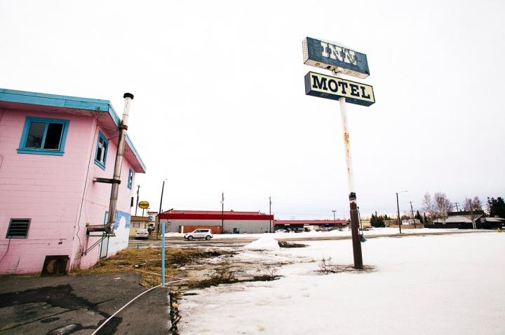 abandoned pink motel _7